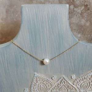 Jewelry - PEARL Goldtone Pearl Necklace